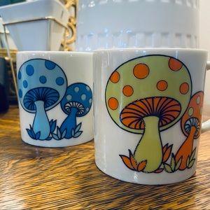 Vintage Mushroom Petite Mug Set Orange & Blue